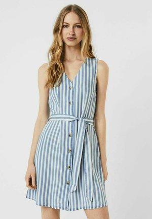 VMVIVIANA  - Shirt dress - light blue denim