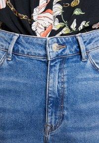 Mavi - STELLA ON MANNEQUIN - Straight leg jeans - light blue denim - 6