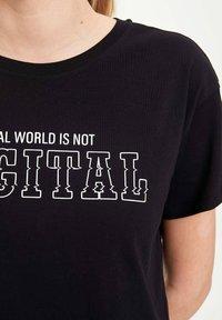 DeFacto - Print T-shirt - black - 4