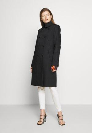 BUCKEY - Classic coat - black