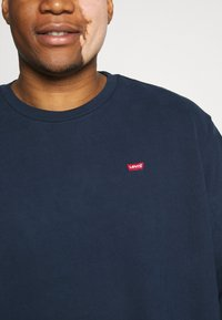 Levi's® Plus - BIG ORIGINAL CREW - Sweatshirt - blues - 5