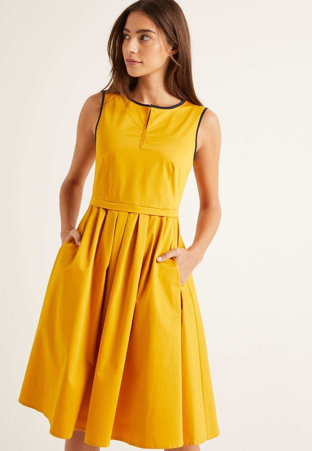 MADDIE - Day dress - yellow