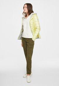 comma casual identity - Trousers - khaki - 1