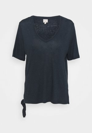 CRKARY - T-shirt med print - total eclipse