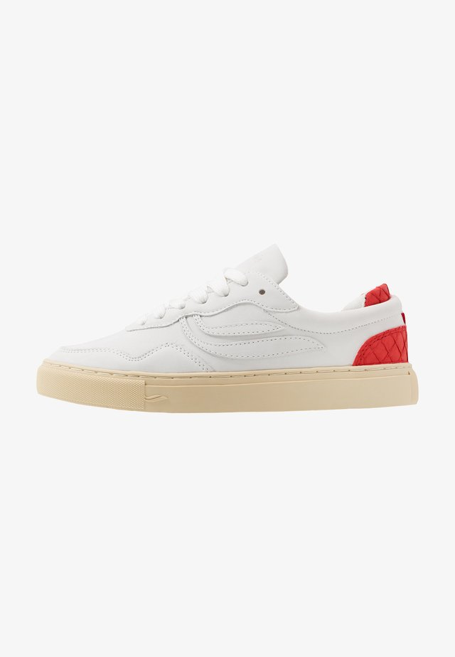 SOLEY UNISEX - Sneakersy niskie - offwhite/red