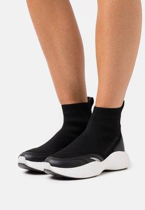 SPORTY RUNNER SOCK - High-top trainers - black