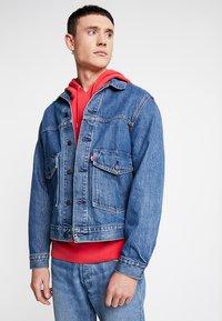 Levi's® - PATCH POCKET TRUCKER - Denim jacket - blue denim - 0