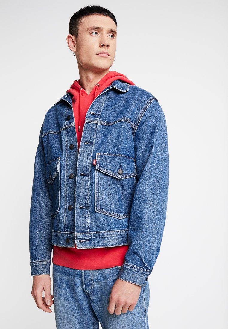 Levi's® - PATCH POCKET TRUCKER - Denim jacket - blue denim