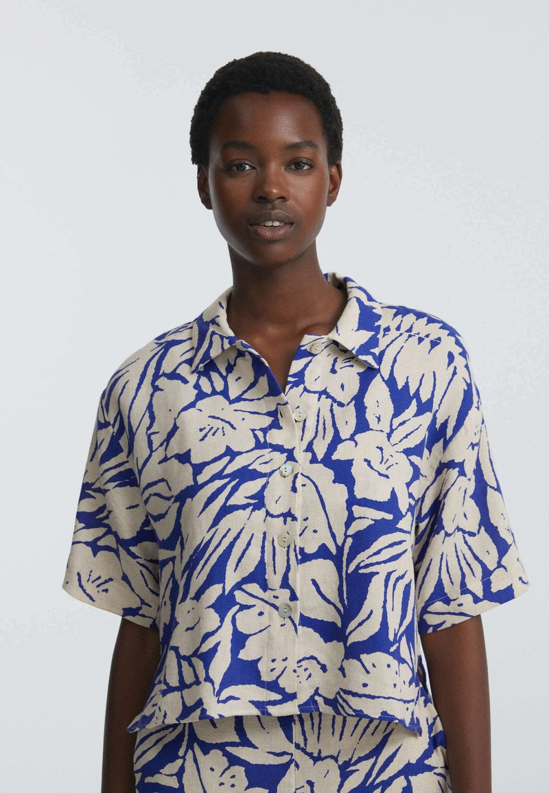 OYSHO - TROPICAL  - Button-down blouse - blue