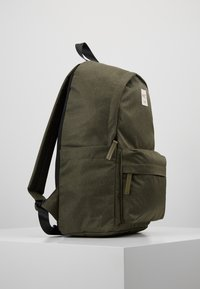 HKT by Hackett - BACKPACK - Batoh - khaki - 3