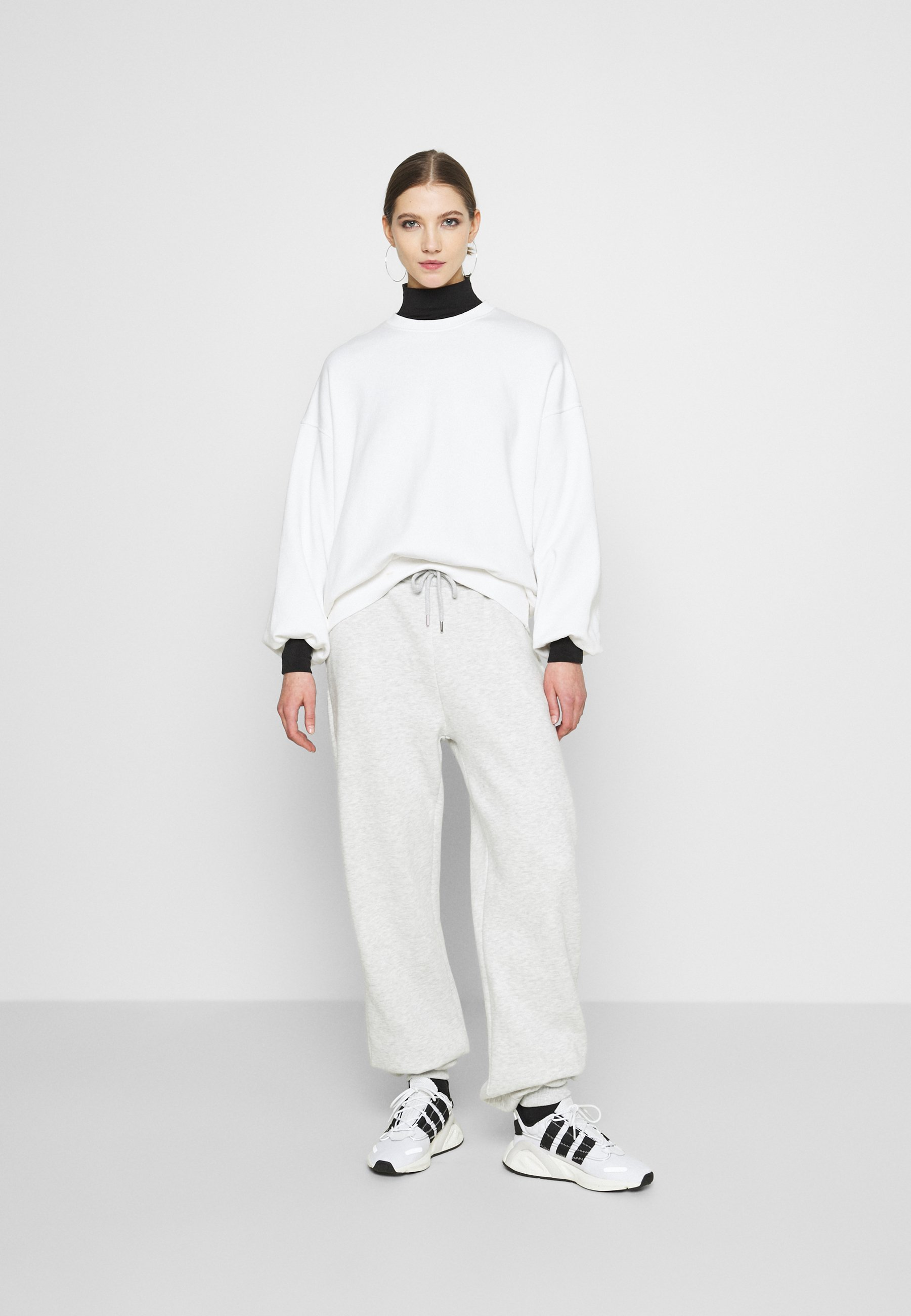 Women PERFECT SLOUCHY PANTS - Tracksuit bottoms
