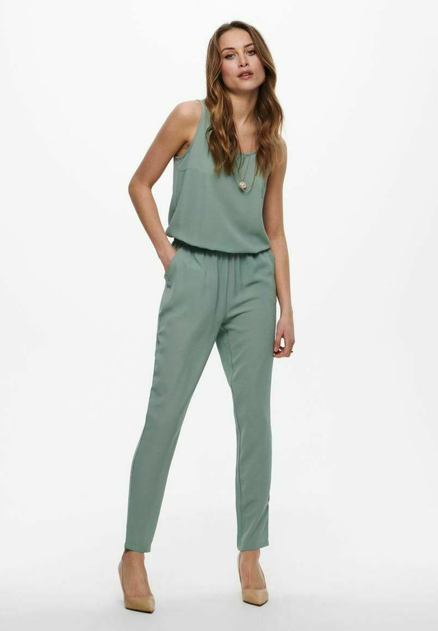 Jumpsuit - chinois green