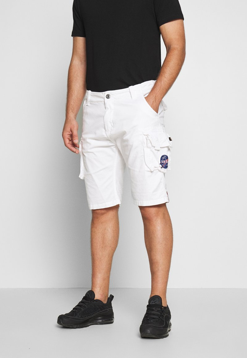 Alpha Industries - Shorts - white
