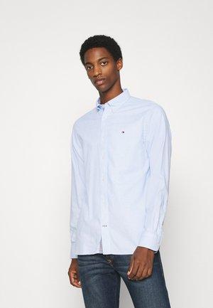MELANGE DOBBY - Shirt - copenhagen blue