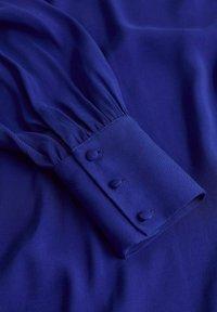 Mango - JURK MET POFMOUWEN - Jurk - blauw - 5