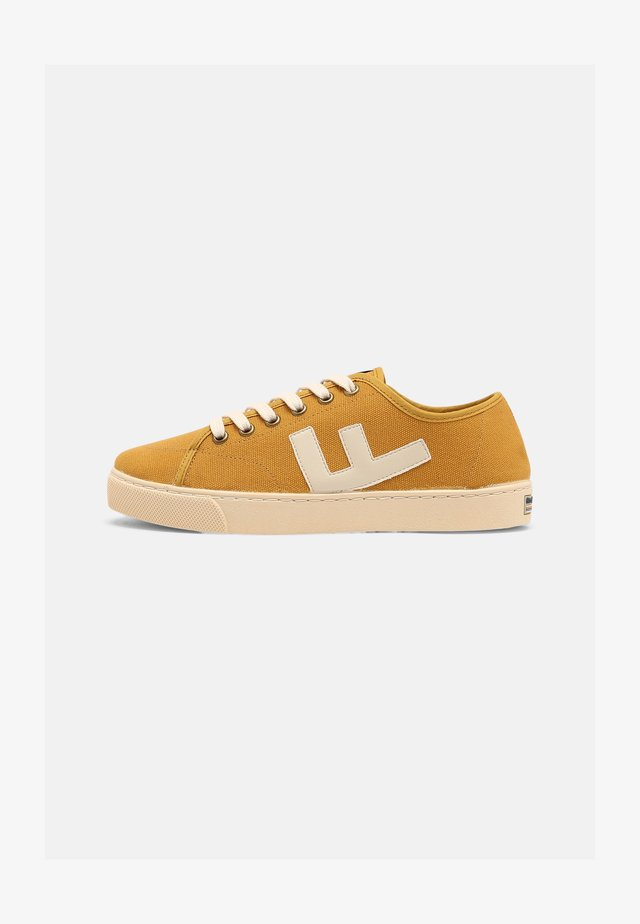 RANCHO V.2 UNISEX - Sneakers basse - mustard ivory