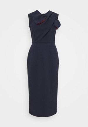 FLANDRE DRESS - Shift dress - midnight/sangria