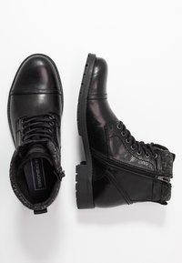 Jack & Jones - JFWMARLY - Šněrovací kotníkové boty - black - 1