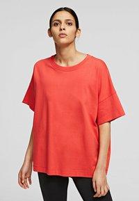 KARL LAGERFELD - RELAXED FIT  - T-Shirt basic - tangerine - 0