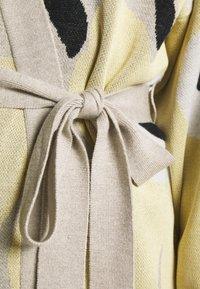 Marimekko - UNEKSUVA UNIKKO CARDIGAN - Cardigan - beige/light yellow/black - 6