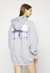 Missguided - PLAYBOY COWGIRL OVERSIZED HOODY DRESS - Vestido informal - grey - 0