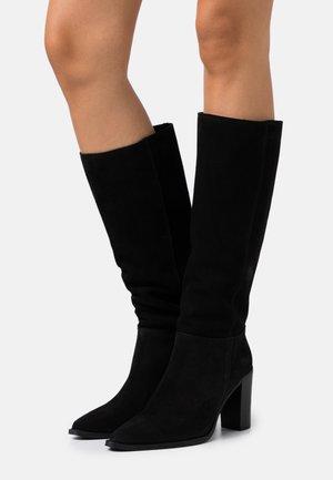 PACHA - Kozačky na vysokém podpatku - noir