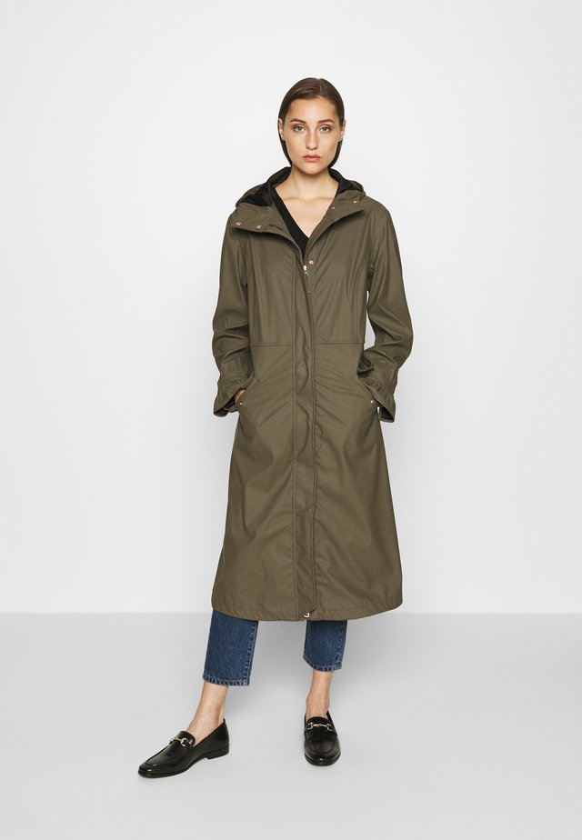 BECCA RAINCOAT - Impermeabile - sea turtle