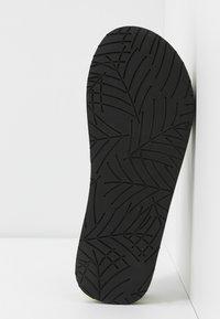Marc O'Polo - DORA  - Sandály s odděleným palcem - khaki - 6