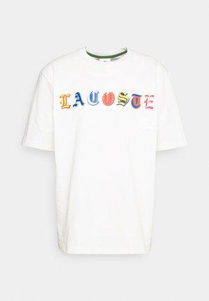 Print T-shirt - flour