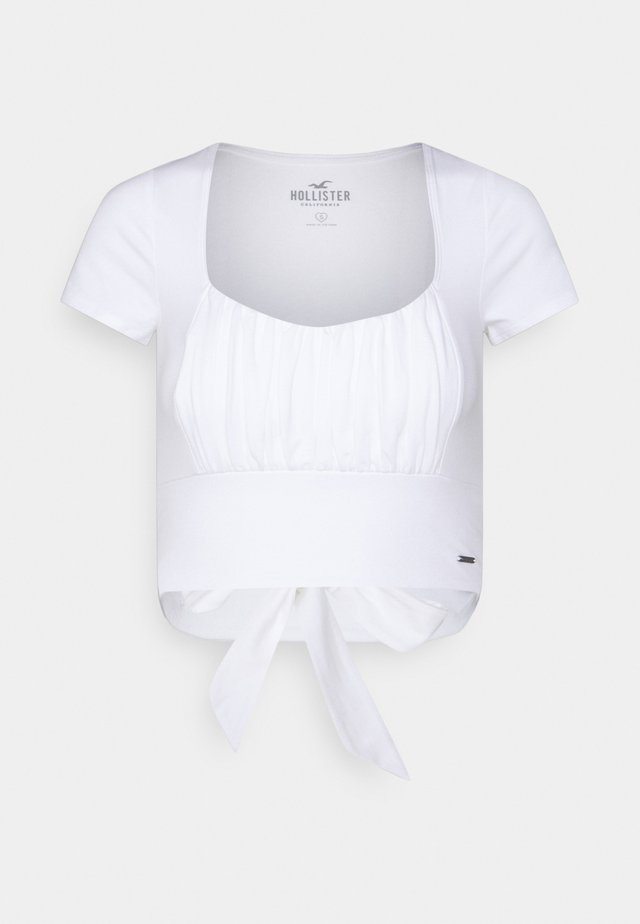 CROP RUCHED BUST BACK TIE - T-shirt con stampa - white