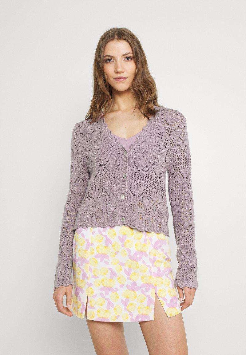 Monki - PEARL CARDIGAN - Cardigan - purple