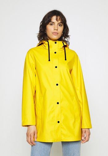 ONLELLEN RAINCOAT - Waterproof jacket - yolk yellow