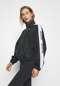 Reebok - LINEAR LOGO JACKET - Veste de survêtement - black - 5
