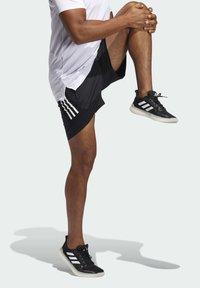 adidas Performance - Korte sportsbukser - black - 2