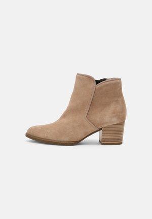 Ankle boots - desert