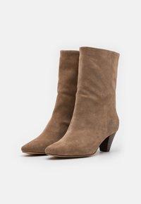 Shoe The Bear - GITA - Boots - taupe - 2