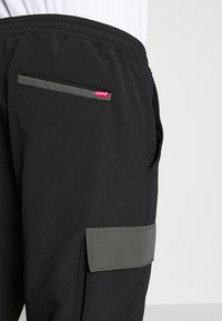 Levi's® - ZIP OFF - Cargobyxor - blacks - 4