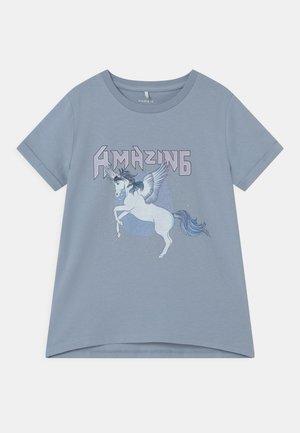 NKFDINARA  - Print T-shirt - blue