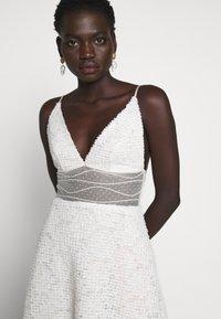 Allen Schwartz - BELLA DEEP V DRESS - Vestito elegante - vintage vanilla - 5