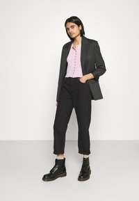 BDG Urban Outfitters - PAX - Džíny Straight Fit - clean black - 1