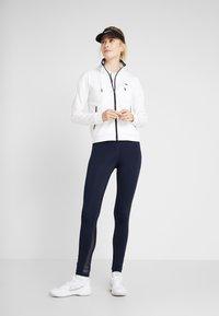 Lacoste Sport - TENNIS JACKET - Veste de survêtement - white/navy blue - 1