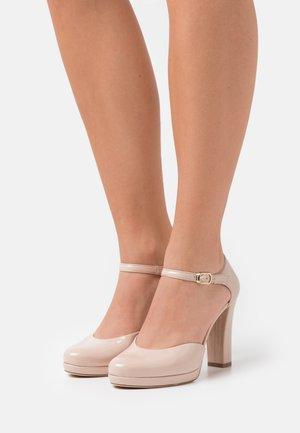 Zapatos de plataforma - nude