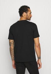 YAVI ARCHIE - Print T-shirt - black - 2