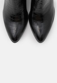 Steve Madden - JACEY - Kozačky nad kolena - black - 5