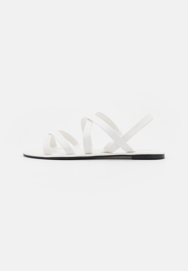 LUCY STRAPPY SLINGBACK - Sandalen - white