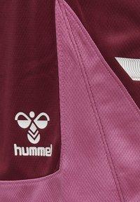 Hummel - POLY - Korte sportsbukser - biking red - 3