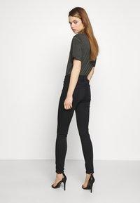 Joe's Jeans - THE CHARLIE ANKLE - Jeans Skinny Fit - rosalyne - 2