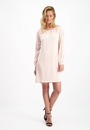 Day dress - puder