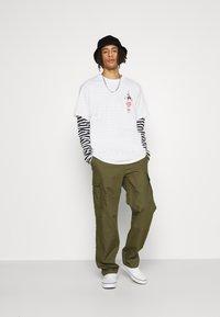 HUF - YEAR OF THE OX TEE - Print T-shirt - white - 3