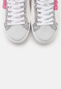 CHIARA FERRAGNI - NAME PATCH - Zapatillas - white - 6